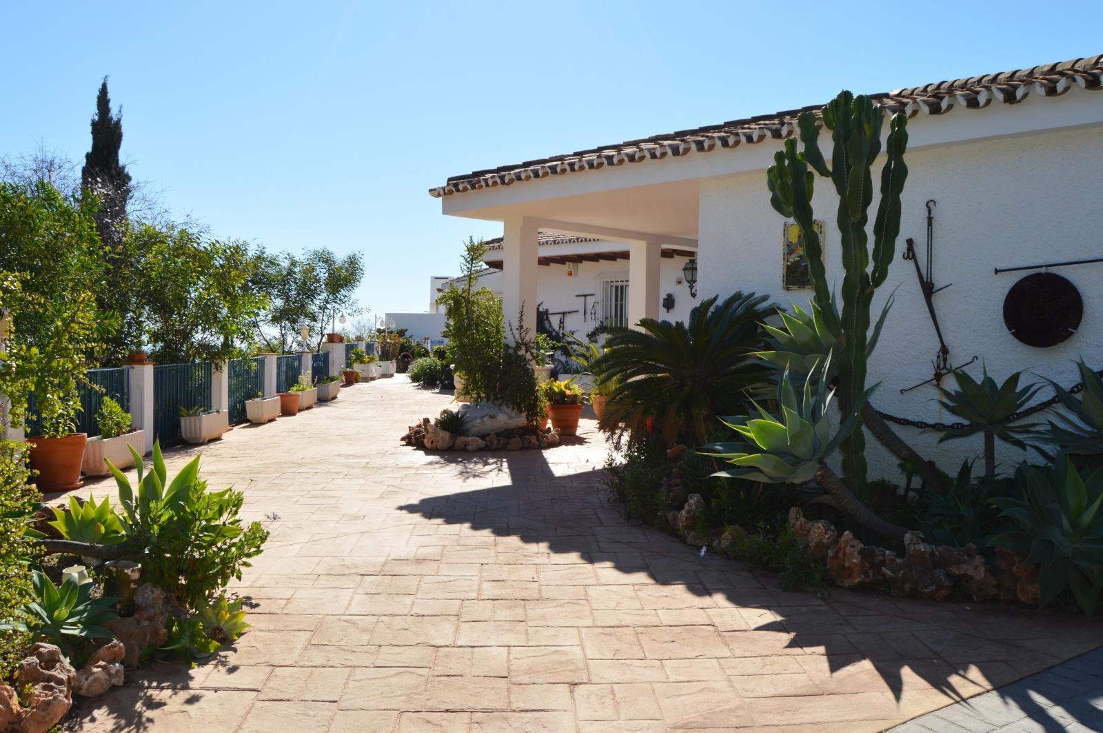 Chalet for sale in Cerrado de Calderon, Malaga